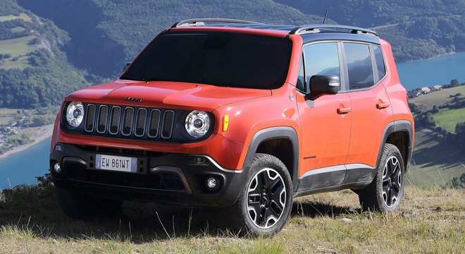 2018 Jeep Renegade front quarter