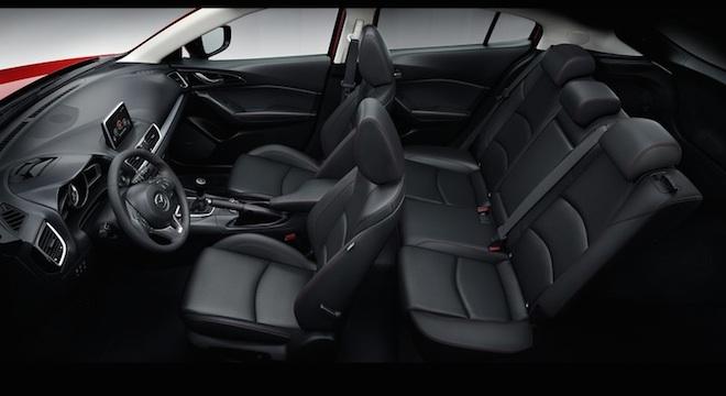 2018 Mazda 3 Hatchback cabin
