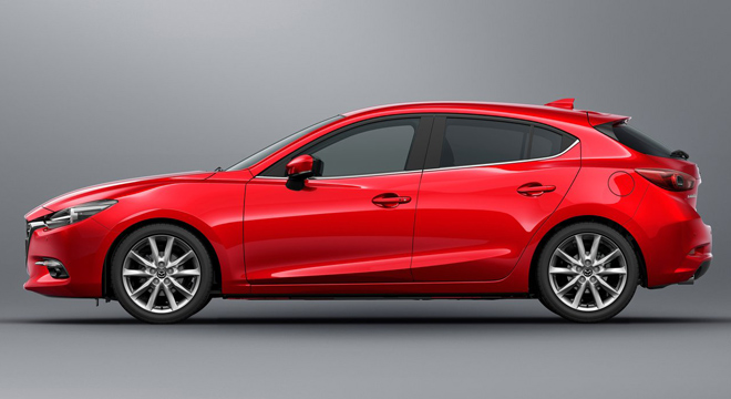 2018 Mazda 3 Hatchback side
