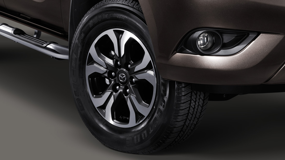 2018 Mazda BT-50 wheels
