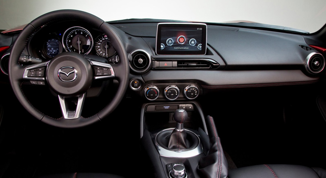 2018 Mazda MX-5 dashboard