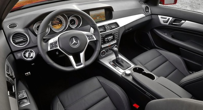 2018 Mercedes-Benz C-Class Coupe dashboard