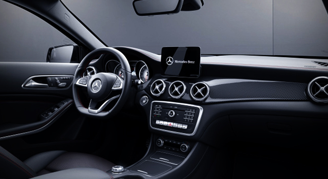 2018 Mercedes-Benz GLA dashboard