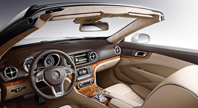 2018 Mercedes-Benz SL-Class interior