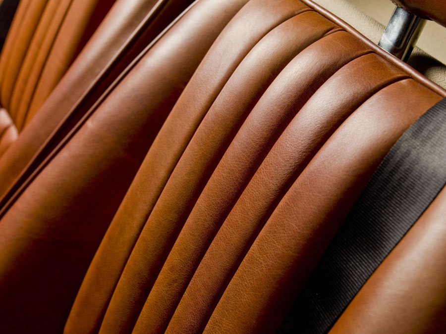 2018 Morgan Roadster 3.7L seats