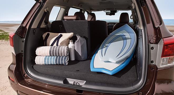 2018 Nissan Terra trunk