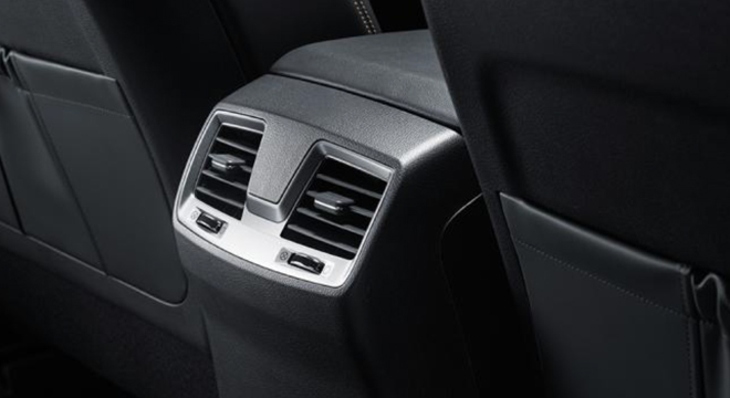 2018 SsangYong Musso rear air-condition vent