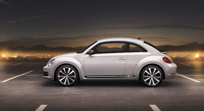 2018 Volkswagen Beetle side