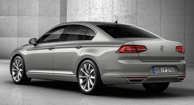 2018 Volkswagen Passat rear