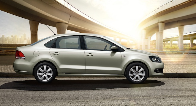 2018 Volkswagen Polo side