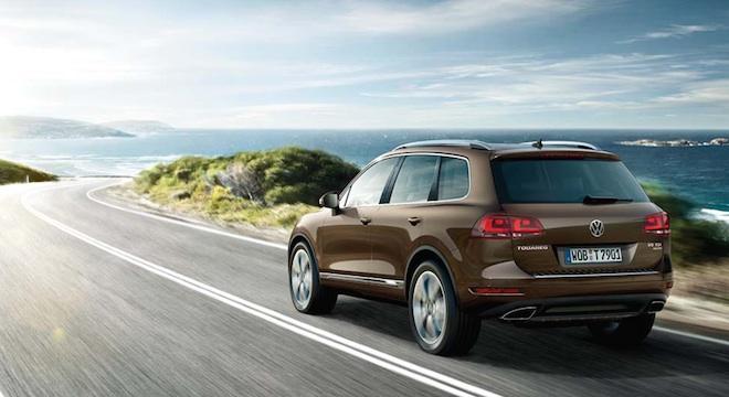 2018 Volkswagen Touareg rear