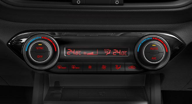 2019 Kia Forte interior climate controls
