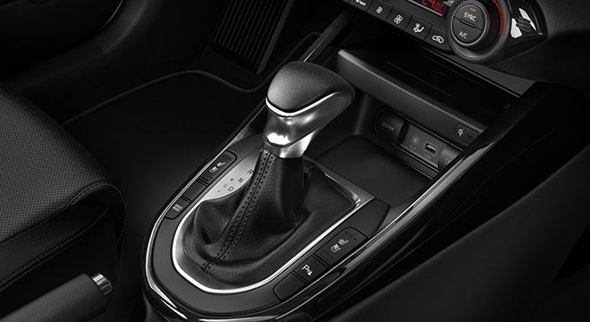 2019 Kia Forte interior shift knob