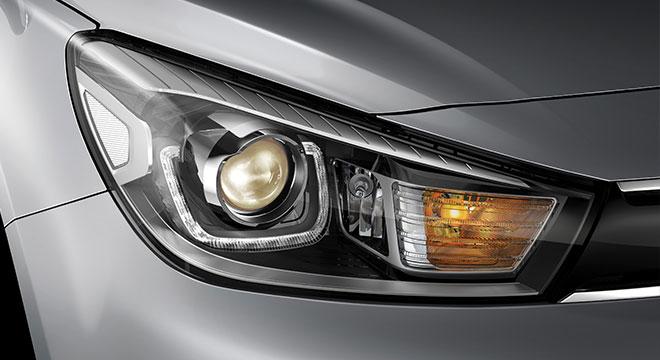 2019 Kia Rio Interior  headlight