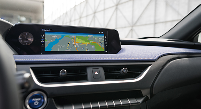 2019 Lexus UX display unit