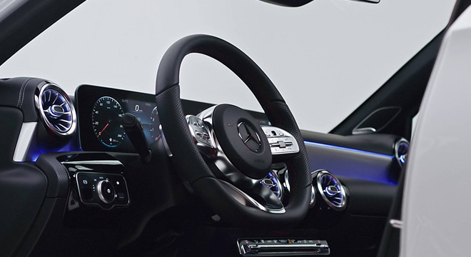 2019 Mercedes-Benz A-Class steering wheel