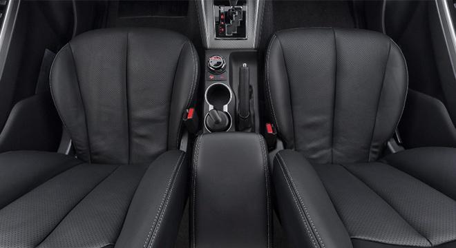 2019 Mitsubishi Strada Philippines seats
