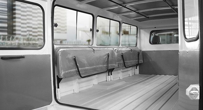 2020 Kia K2500 interior van