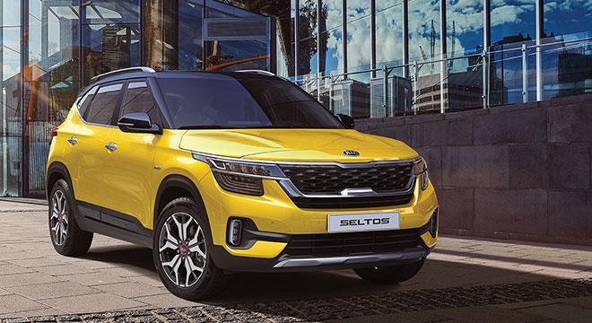 2020 Kia Seltos front quarter yellow