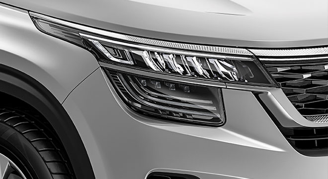 2020 Kia Seltos headlight