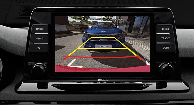 2020 Kia Seltos interior reverse camera