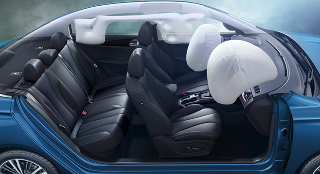 2020 MG 5 safety interior