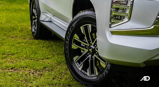 2020 montero sport exterior wheels
