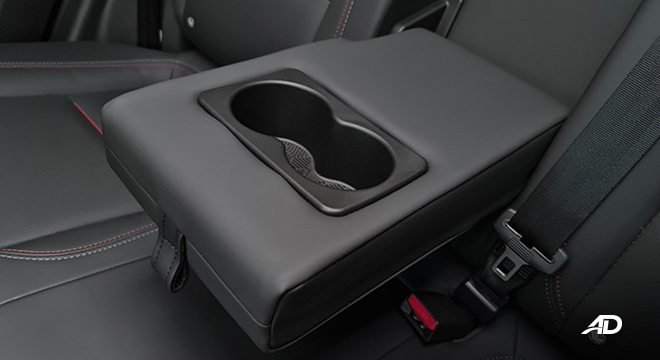 2021 Chery Tiggo 7 Pro interior rear center arm rest and cup holders Philippines