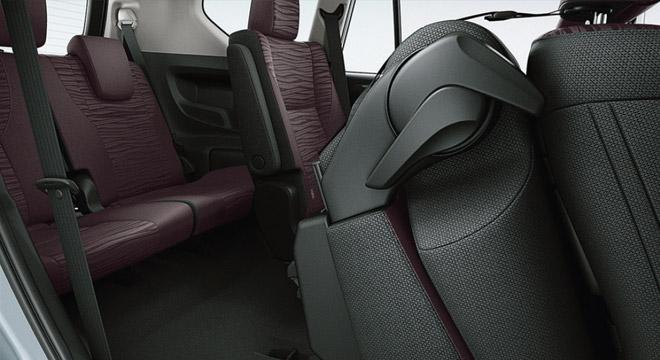 2021 Toyota Innova interior third-row seats Philippines