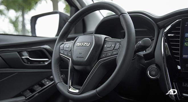 2022 Isuzu mu-X interior steering wheel Philippines