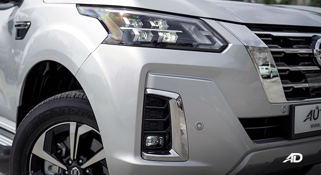 2022 Nissan Terra exterior headlights Philippines