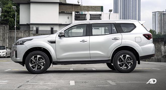 2022 Nissan Terra exterior side Philippines
