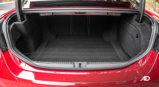 Alfa Romeo Giulia trunk