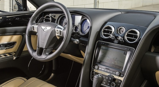 Bentley Flying Spur 2018 dashboard