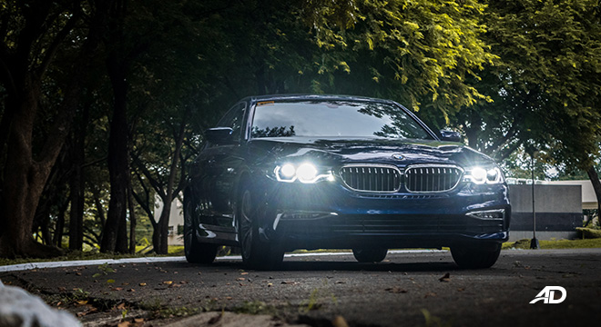 BMW 5 series 520i Luxury front beauty shot exterior