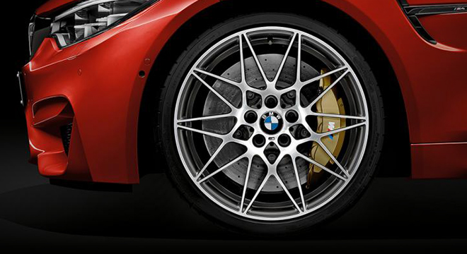 BMW M4 COUPE 2018 wheel