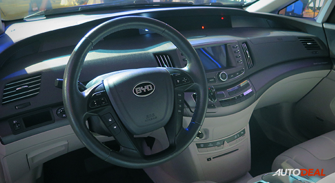 BYD E6 2018 steering wheel