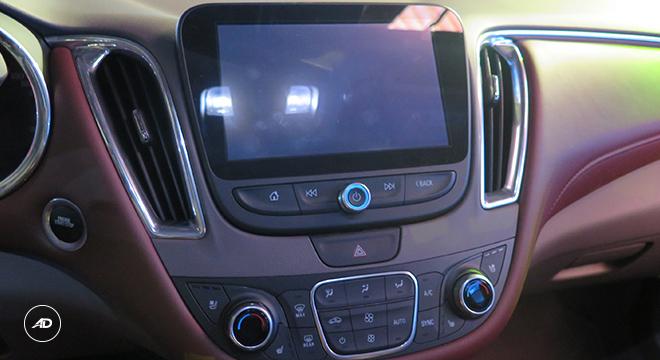 Chevrolet Malibu 2018 infotainment