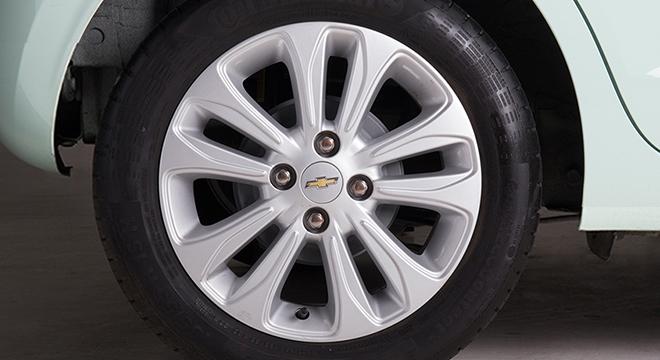 Chevrolet Spark 2018 wheel
