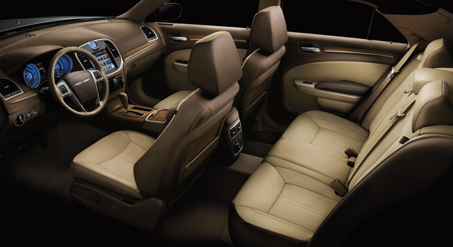 Chrysler 300C 2018 Philippines interior