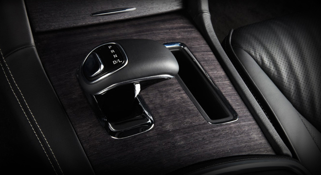 Chrysler 300C Philippines 2018 gear shift