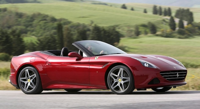 Ferrari California 2018 red