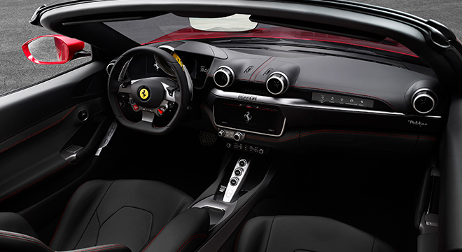 Ferrari Portofino 2019 cabin