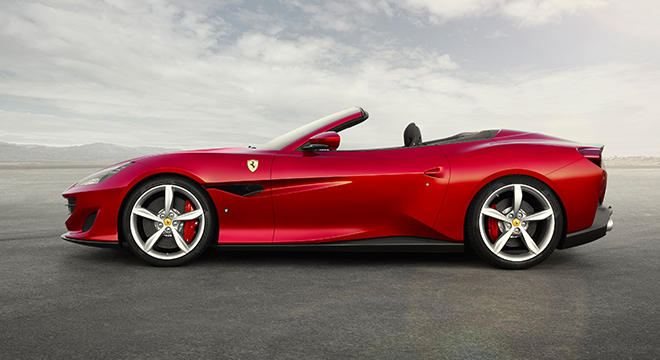 Ferrari Portofino 2019 top-down side