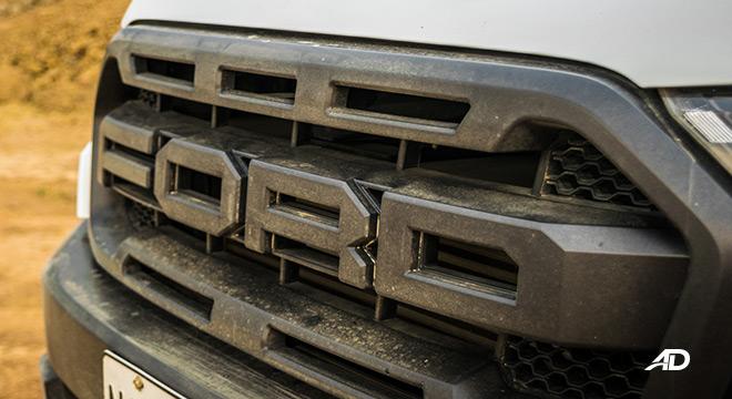 ford ranger raptor exterior road test grille
