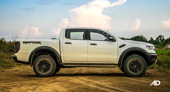 ford ranger raptor exterior road test side
