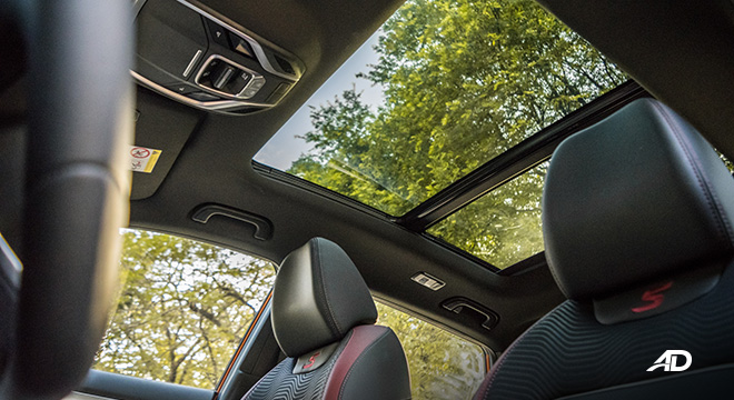 geely coolray road test review panoramic sunroof interior