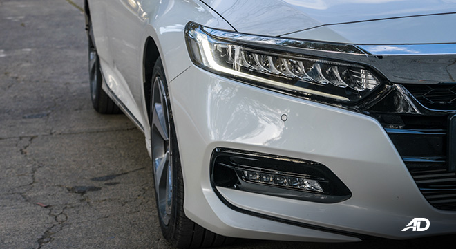 honda accord review road test led daytime running lights exterior