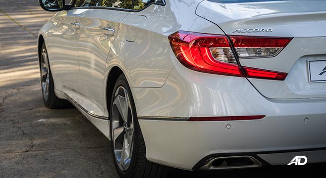 honda accord review road test rear beauty quarter exterior
