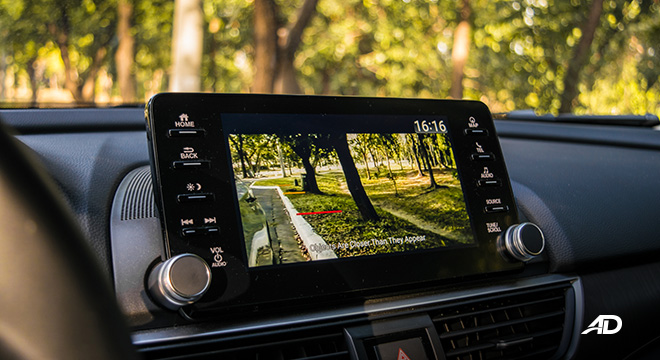 honda accord review road test right side camera interior